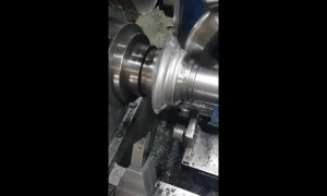 Metal spinning machine in UK satisfyingly crafts pie tin