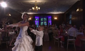 6-year-old's unforgettable surprise wedding dance with mom