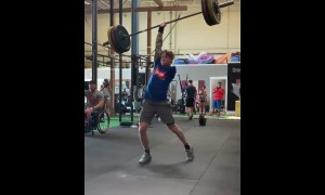 Incredible footage of the fittest one-arm man on Earth!