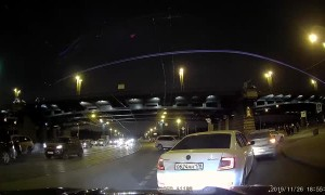 Cyclist Knocked of Bike in Busy Traffic