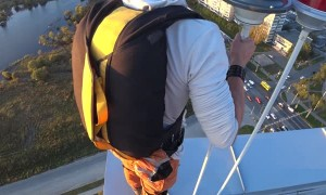 Basejump from Khabarovsk Skyscraper