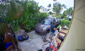 Neighbor Calls Police on Parrot