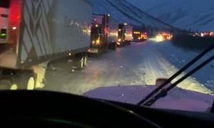 Alaskan Highway Backs Traffic due to Severe Weather Conditions