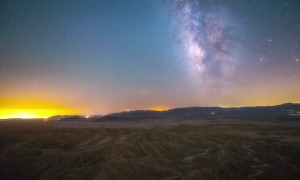 Stabilized-Sky Time-lapse Visualizes Earth's Rotation