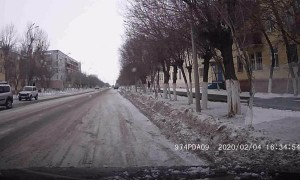 Person Fakes Fall in Front of Driver with Dashcam
