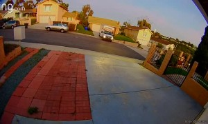 Uhaul Driver Hits Two Houses in San Diego