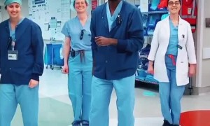 Anesthesiologist dances with his coworkers to brighten up your day