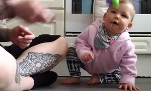 Adorable Baby Has A Beautifully Infectious Laugh