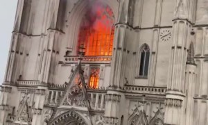 Cathedral in Nantes set on fire in three different places