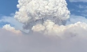 Massive clouds form from Ranch Fire in Azusa, California