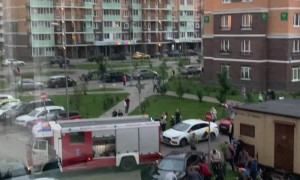 Residents Come to the Rescue of Firetruck