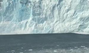 Massive Glacier Chunk Falling into Gulf