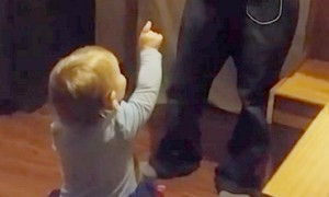 Toddler's hilarious argument with dad over who's cleaning the mess