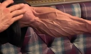 Check out this bodybuilder's arm the night before a competition