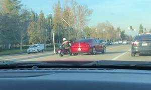 Angry Driver Clips Lane Splitting Motorcyclist