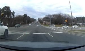 DashCam Captures Crazy Driver