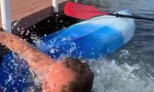 Amateur Kayaker Gets His Jeans Wet