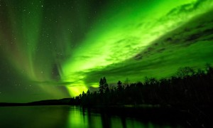 Stunning Footage Shows Northern Lights Illuminating Night Sky
