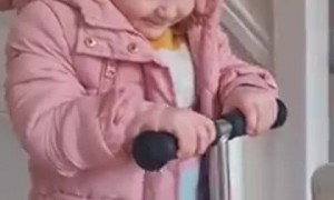 Little Girl Has Trouble Pronouncing Her S's