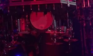 Tommy Lee's Roller Coaster Breaks Down during Concert