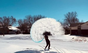 Throwing Water into Sub-Zero Air