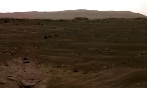 Mars Perseverance Rover Captures Stunning Panorama (with SOUND!)