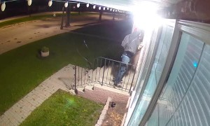 Camera Thief Caught on Multiple Cameras Stealing