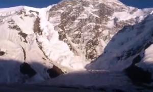 Avalanche on Khan Tengri Mountain