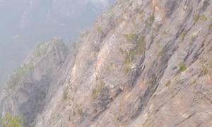 Man Leaps from Longest Rope Swing in Yosemite
