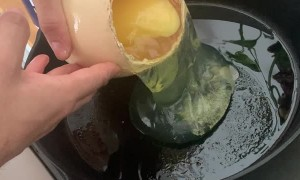 Ostrich Egg in A Pan