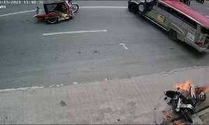 Motorcycle Bursts Into Flames in Front of Fire Extinguisher Shop