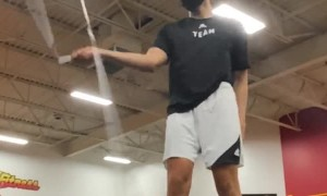 Talented Jump Roper Displays Flashy Flourishes