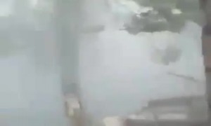 Horrifying footage of Cyclone Tauktae as it rips through India