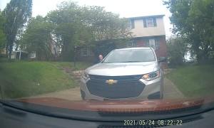 Driver Reverses Despite Not Having Room