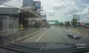 Motorcycle Rider Wanders Straight Into Center Barrier