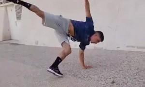 This dude could be a real life ninja!