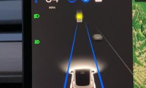Autopilot Mistakes Moon for Orange Traffic Light