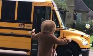 Teen surprises little brother with funny costumes every day after school