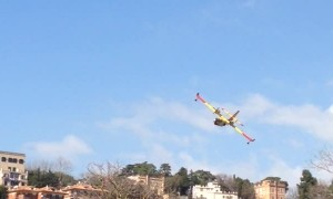 Firefighter Plane Lands in Italian Lake