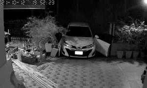Halfhearted Handbrake Breaks Car Doors